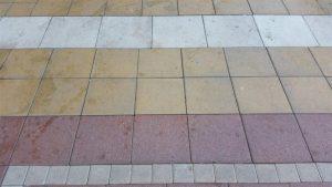 ניקוי רצפה בקיטור - לפני